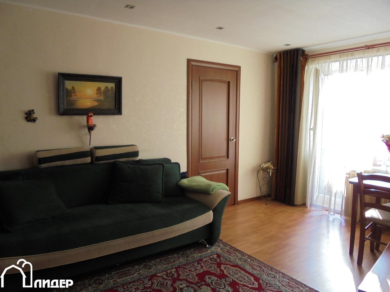 к продаже уютная, ухоженная квартира в хорошем состоянии в районе с развитой ин ...